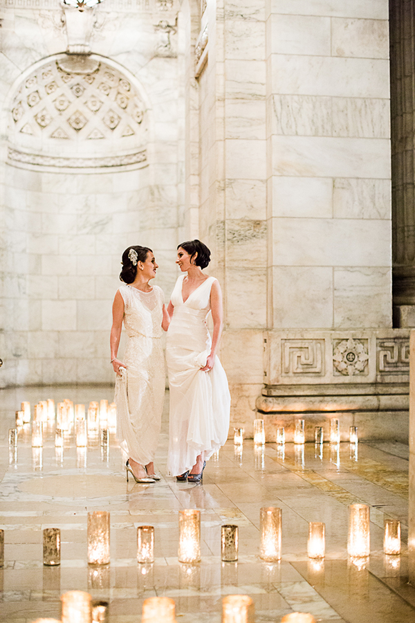 New York Library Wedding, Same Sex Wedding, Jewish Ceremony, Jenny Packham, Monique Lhuillier, Amanda Wakeley, Roey Yohai, Black Tie Wedding, Formal, www.snippetandink.com