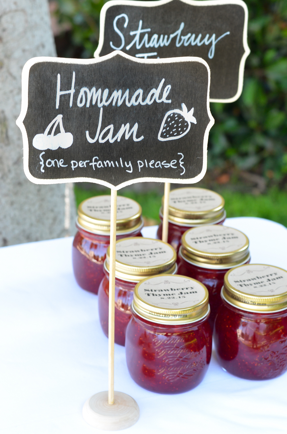 Strawberry Thyme Jam Recipe - Homemade Jam Wedding Favors - The Container Store x Luci's Morsels-3
